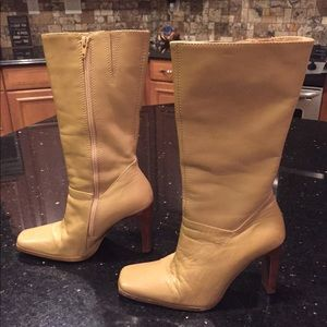 Tan leather calf height boot